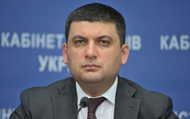 Прем'єр-міністр заявив, що ухвалене рішення відсторонити від виконання службових обов'язків заступника міністра охорони здоров'я, якого упіймали на хабарі.