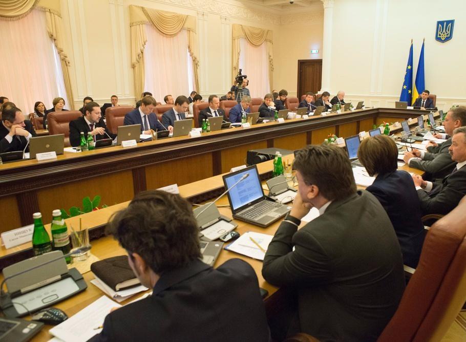 В ході обговорення питання про звільнення Шевченка проти висловився лише віце-прем'єр В'ячеслав Кириленко.