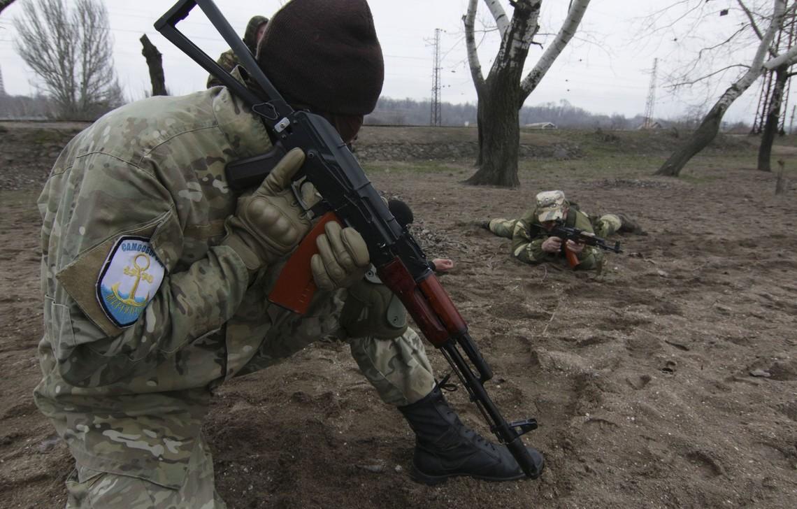 Спостерігається зростання невдоволення місцевого населення на тимчасово окупованих територіях сходу України присутністю та діями російських окупаційних військ.