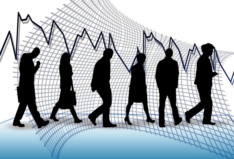 Кількість зареєстрованих безробітних з початку року неухильно падає. Станом на січень 2016 року таких було 508,6 тис. осіб. У травні – 416, 4 тис.