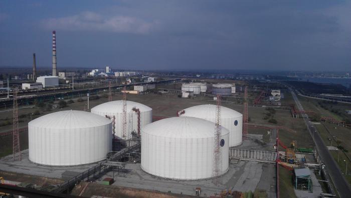 Ситуація з провалом приватизації Одеського припортового заводу чітко показала, що зараз, як і передбачалося спочатку, не найкращий час для приватизації в країні.