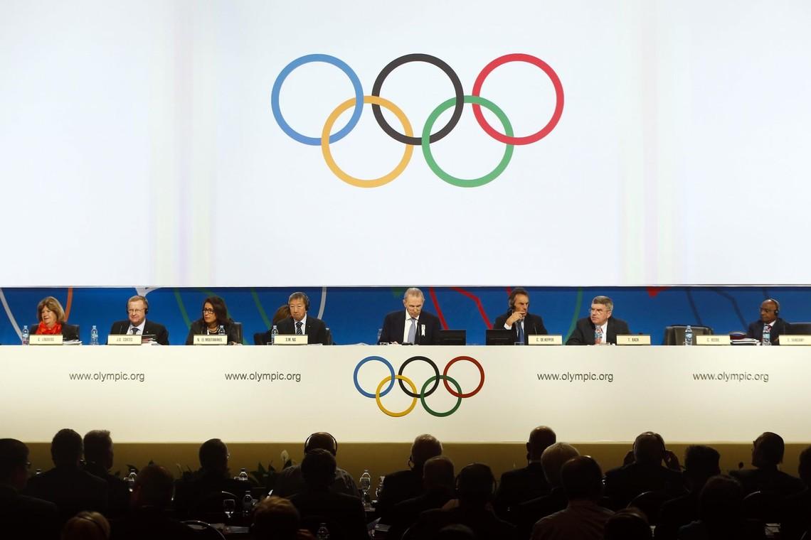Виконком Міжнародного олімпійського комітету вирішив не відстороняти всю збірну Росії від участі в Олімпійських іграх в Ріо-де-Жанейро.