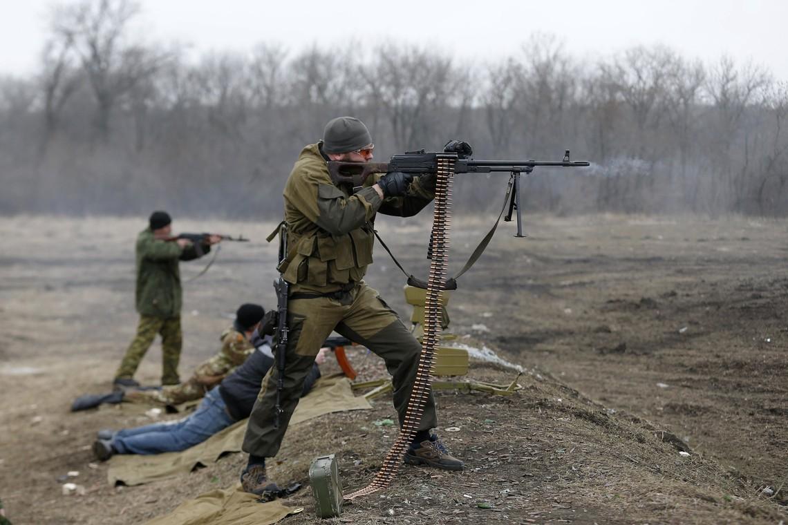 Члени незаконних збройних формувань продовжують грубо порушувати Мінські домовленості та використовувати заборонене озброєння.