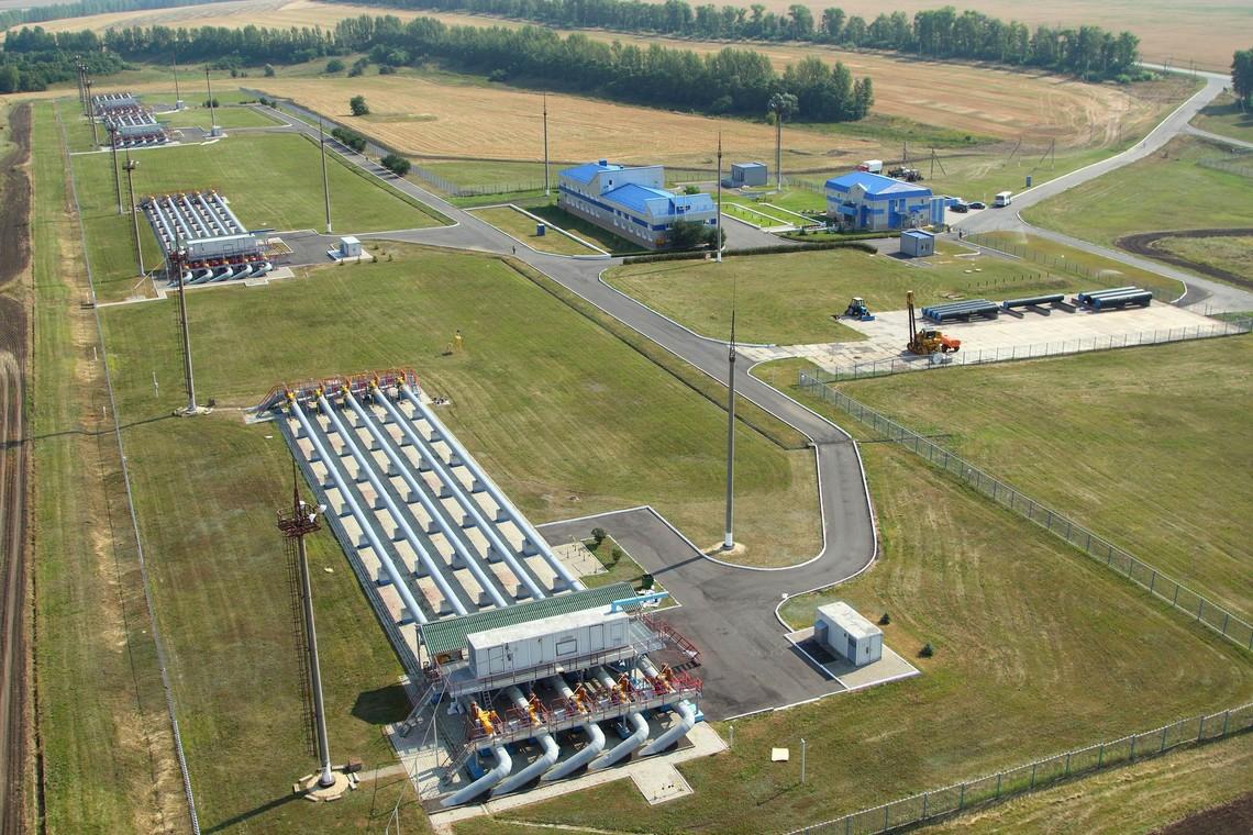 Зниження тиску було зафіксовано на газовимірювальних станціях Суджа та Писарівка – першому та другому за величиною пунктах надходження газу з Росії.