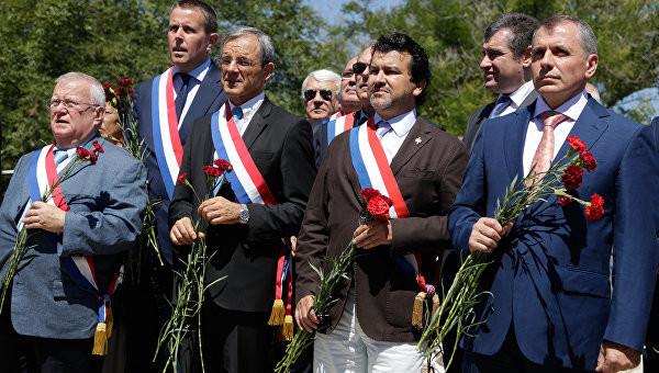 Це вже другі відвідини окупованого Криму, які здійснюють депутати Національних зборів Франції.