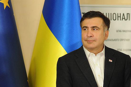 Губернатор Одеської області Міхеіл Саакашвілі вважає, що за Переломою та Щуриковим стоять особи з вищих ешелонів влади.