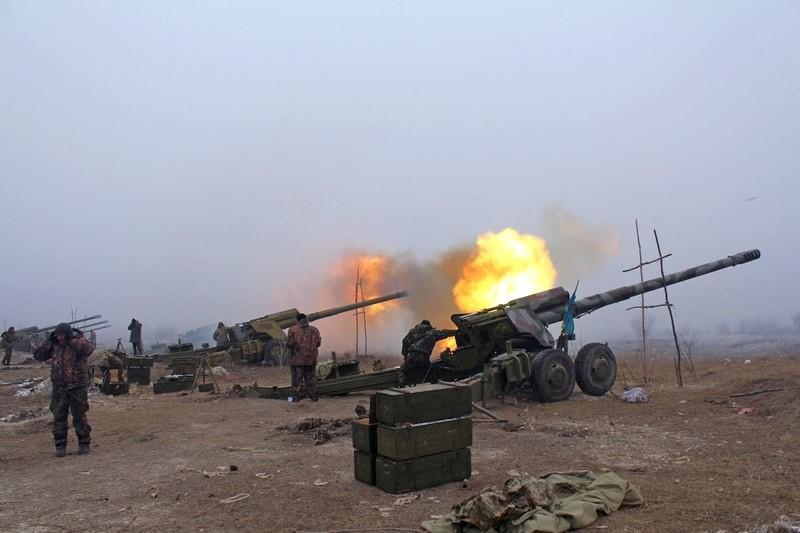 За минулу добу на Донбасі проросійські бойовики 71 раз відкривали вогонь по українських позиціях.