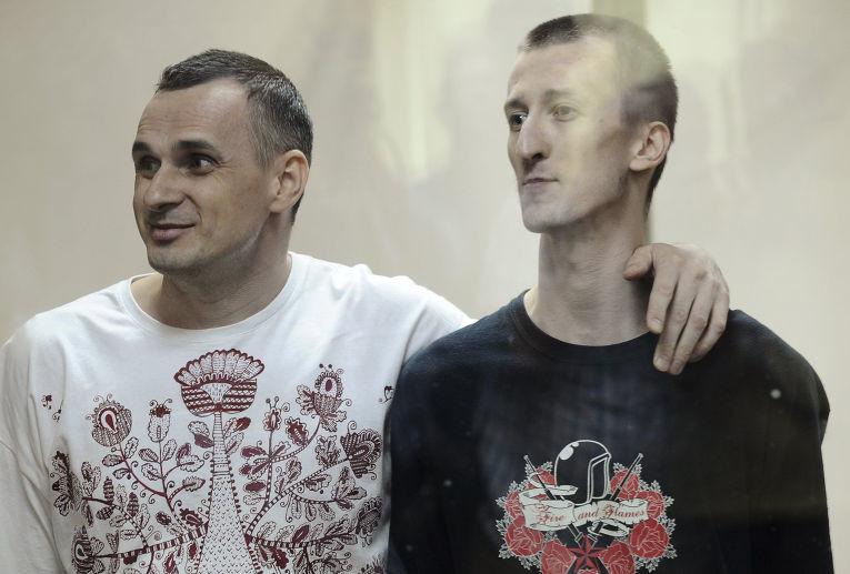 Росія 3 місяці не пускає українських консулів до політв'язнів Олега Сенцова та Олександра Кольченка.