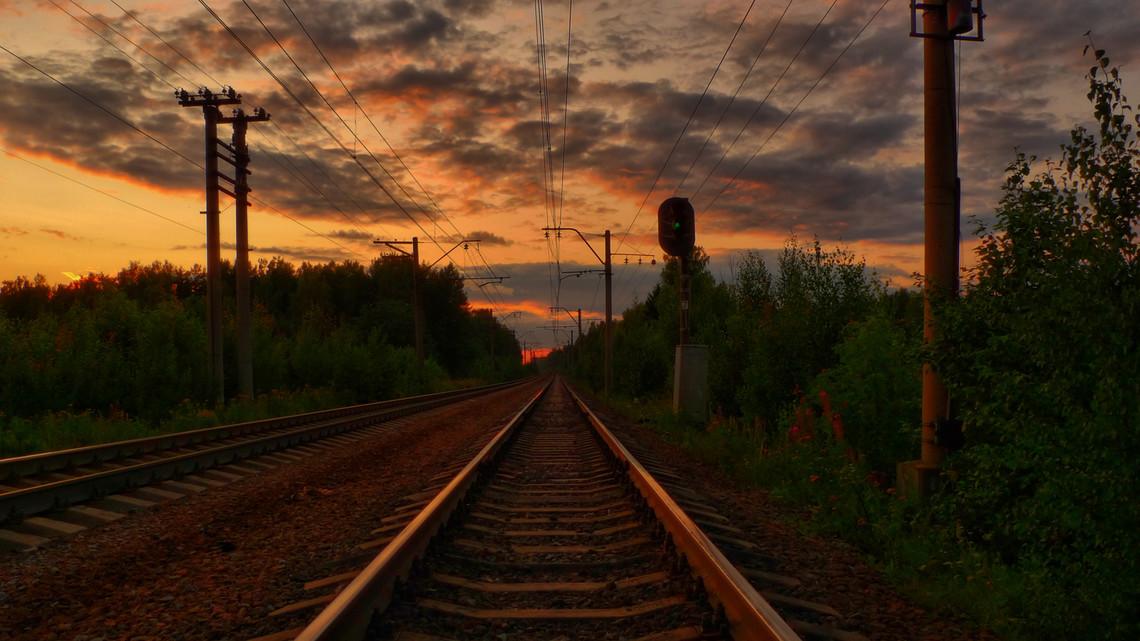 Міністр із питань тимчасово окупованих територій і внутрішньо переміщених осіб планує запустити в Україні пасажирські поїзди з непідконтрольних територій Донбасу.