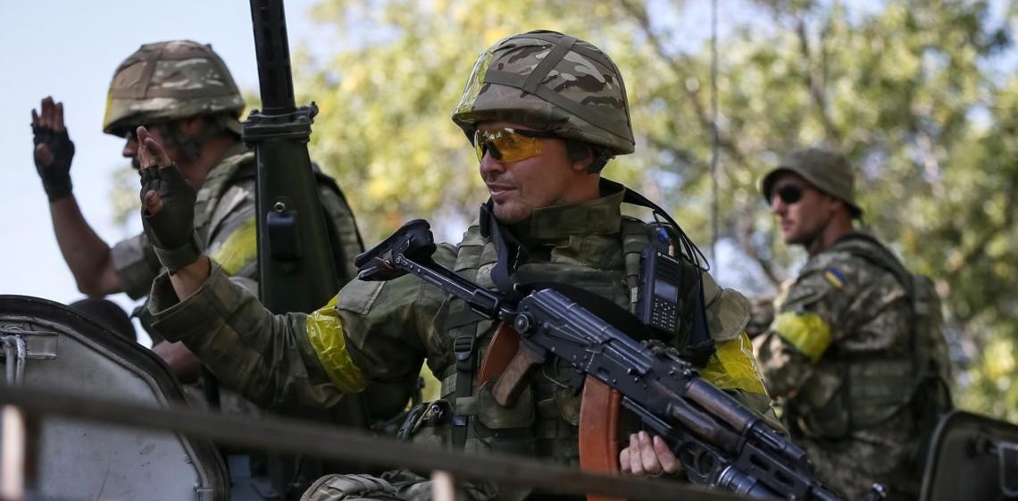 Поблизу Старогнатівки українські військові відбили напад ворожої диверсійно-розвідувальної групи.