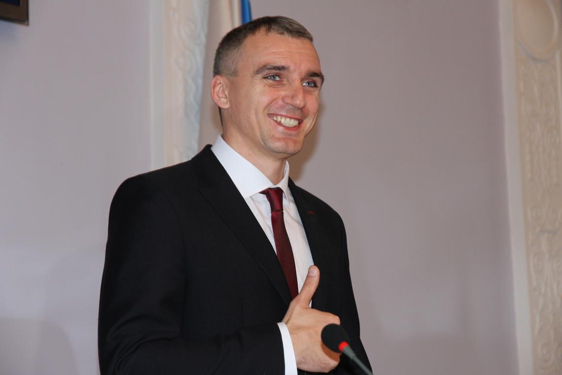 Останнє оновлення розділу Електронна реєстрація дітей в ДНЗ Миколаєва на сайті міської ради відбувалося в квітні 2015 року.