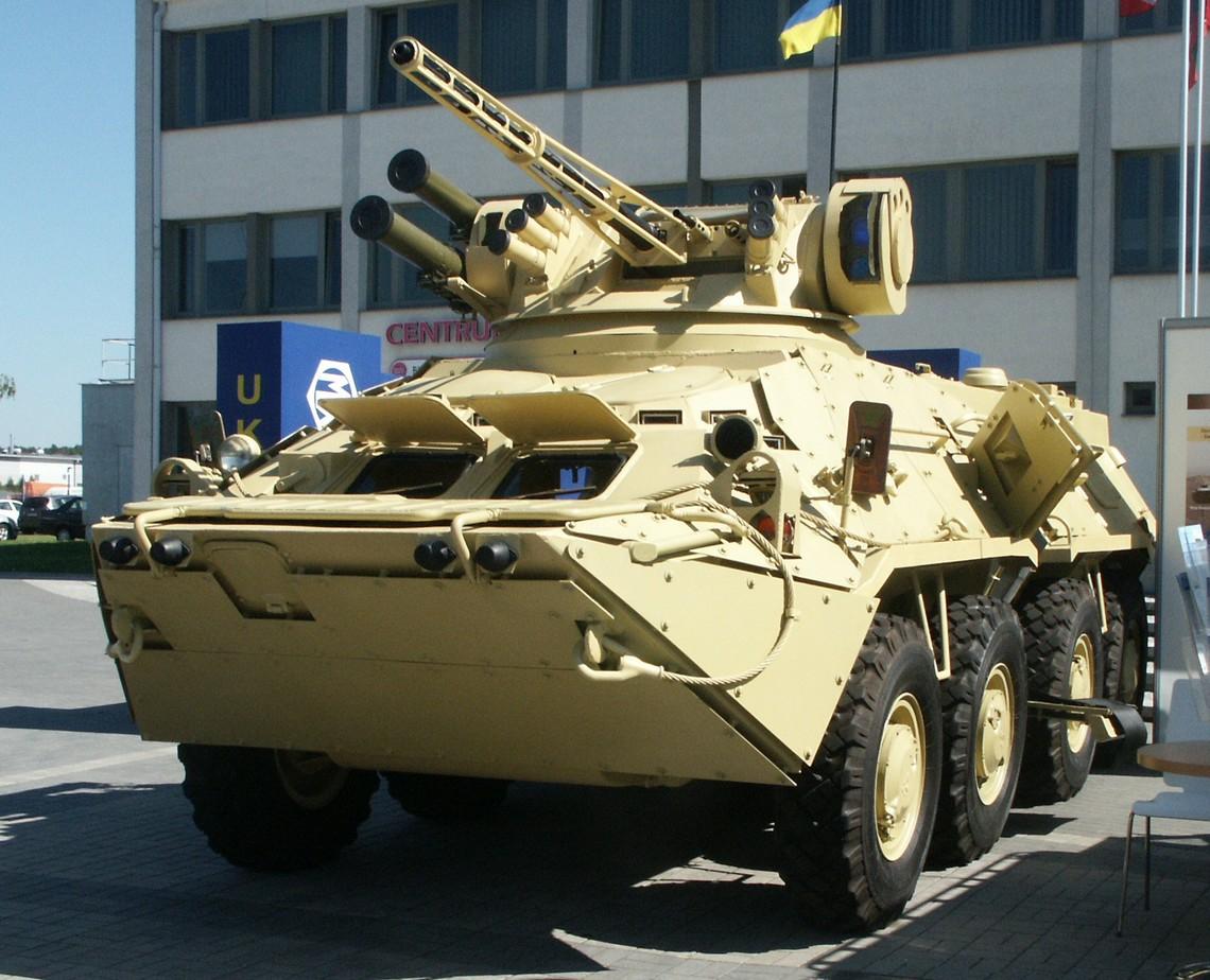Київський бронетанковий завод вдвічі збільшив поставки БТР-ів військовим. Національна гвардія отримала 22 машини.