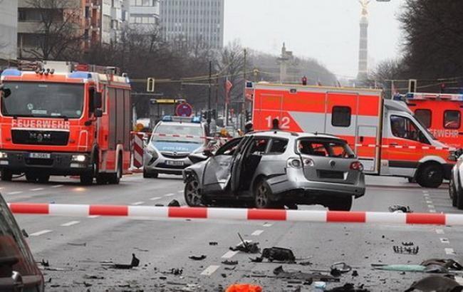 Сьогодні вранці в Одесі пролунав вибух. У результаті пошкоджено автомобіль. Обставини інциденту встановлює поліція.