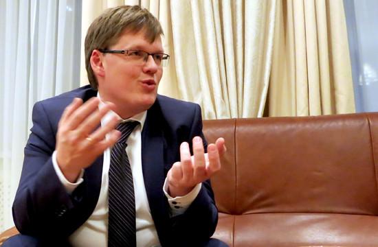 Віце-прем'єр-міністр Павло Розенко не перевів протезно-ортопедичну галузь України на європейські стандарти.
