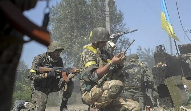 Напрямками, які найбільше обстрілювалися терористами в зоні проведення Антитерористичної операції, стали Маріупольський та Донецький.