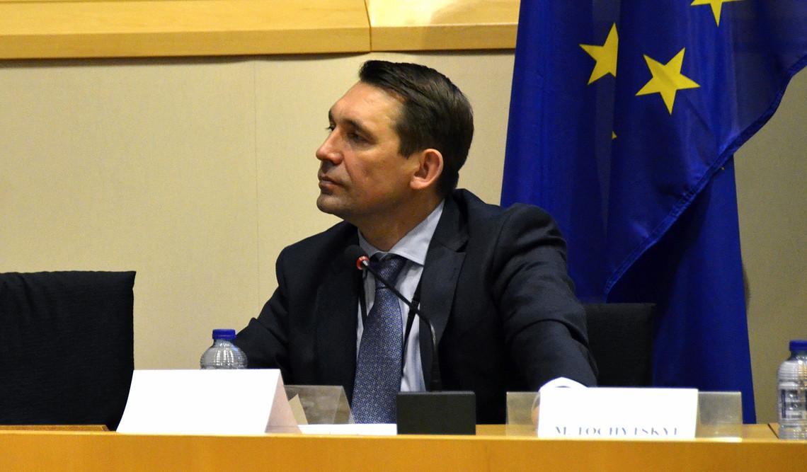 Український посол в ЄС Микола Точицький прокоментував інформацію щодо безвізового режиму для українців із 2017 року.