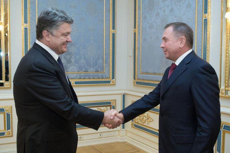 Республіка Білорусь не розглядає розміщення додаткових контингентів НАТО біля своїх кордонів як пряму загрозу військовій безпеці.