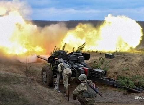 Гібридна армія РФ застосовувала важку артилерію по позиціях АТО в Пісках, Луганському та Широкіно.