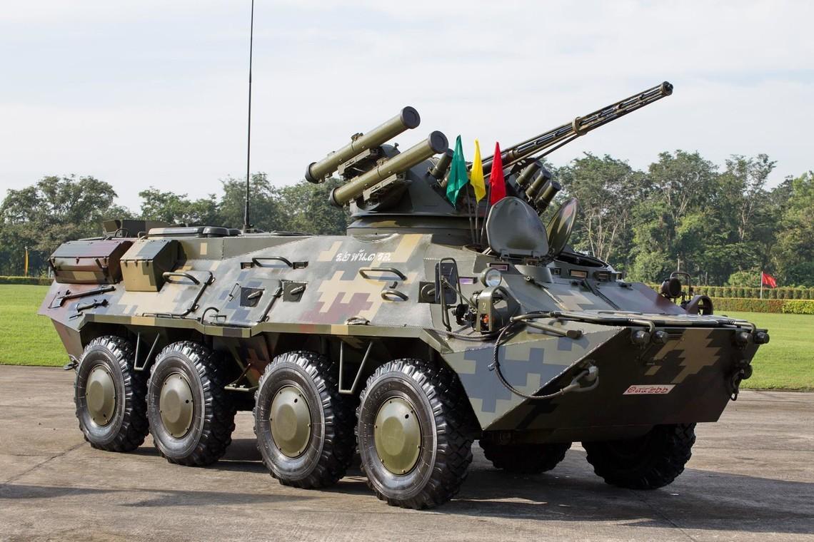 Київський бронетанковий цього року має зробити й поставити в інтересах Міноборони 45 нових БТР-3, перші 5 машин передані в армію в серпні.
