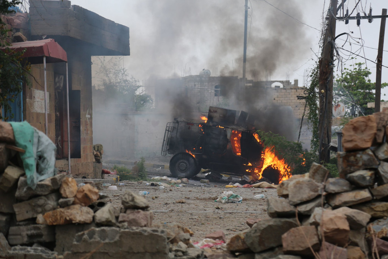 В Ісламській державі заявили про причетність до великого теракту в одному з міст Ємену, де постраждали більше 50 людей.