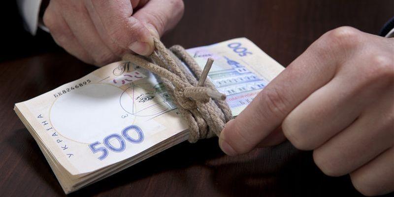 Номінальна зарплата в річному вимірі штатних працівників зросла на 22,4 відсотка й склала 5374 грн.
