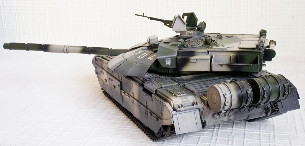 Індія хоче встановити на свої Т-72 українські двигуни, а також оснастити системою кондиціонування і автономною енергоустановкою.