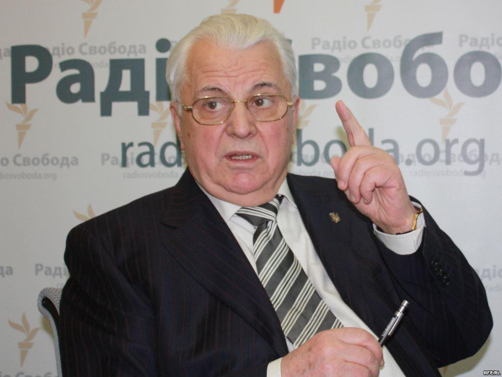 Леонід Кравчук вважає за необхідне ініціювати двосторонні переговори з Росією щодо врегулювання ситуації на Донбасі. Кравчук вважає, що Мінські угоди зіграли свою роль.