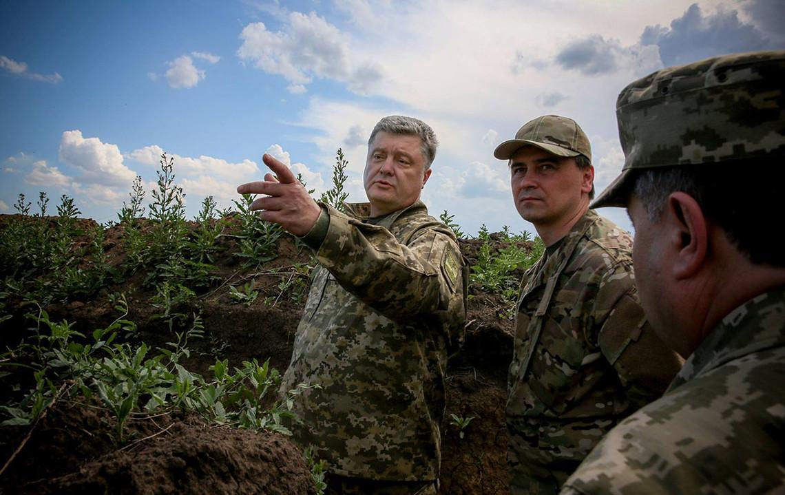Зараз потрібно використовувати всі інструменти тиску на Росію, щоб встановився мир на Донбасі.