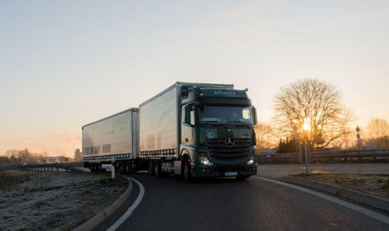 Мінінфраструктури України до 30 вересня 2016 року тимчасово обмежить видачу двосторонніх дозволів Турецької Республіки українським вантажоперевізникам.