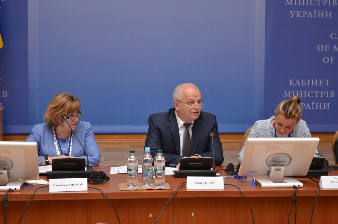 Розробка Національної експортної стратегії передбачає конкретні дії для посилення конкурентоспроможності України, створення нових робочих місць, зростання прибутку.
