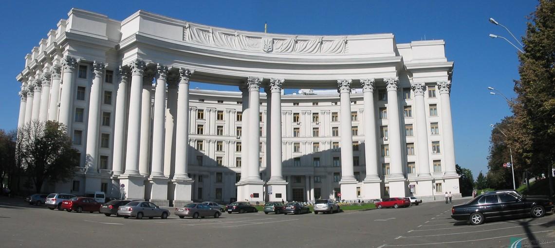 Провокаційні дії держави-агресора відбуваються на тлі блокування Росією Мінського процесу, невиконання нею положень Мінських домовленостей і ескалації на Донбасі.