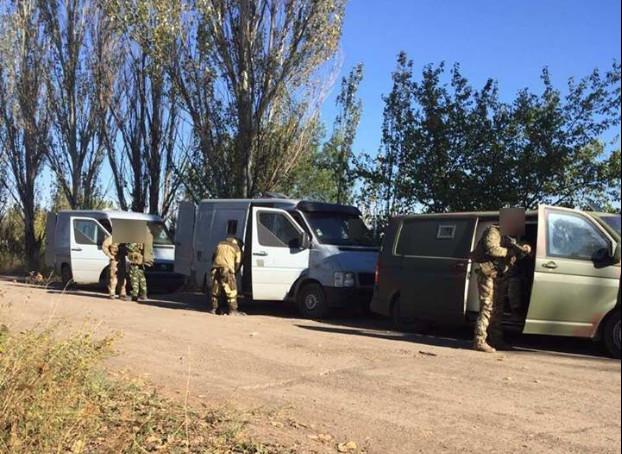 Фіскальна служба перекрила канал поставок з України палива та продуктів харчування, медикаментів та інших товарів основним замовником яких було міністерство оборони ДНР.
