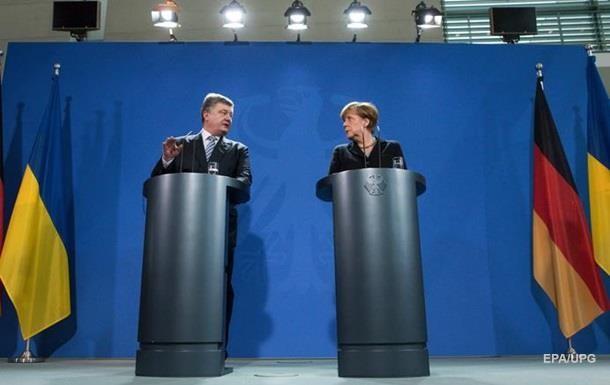 Порошенко і Меркель домовилися активізувати дипломатичні зусилля з метою виконання частини мінських домовленостей, що стосується забезпечення безпеки.