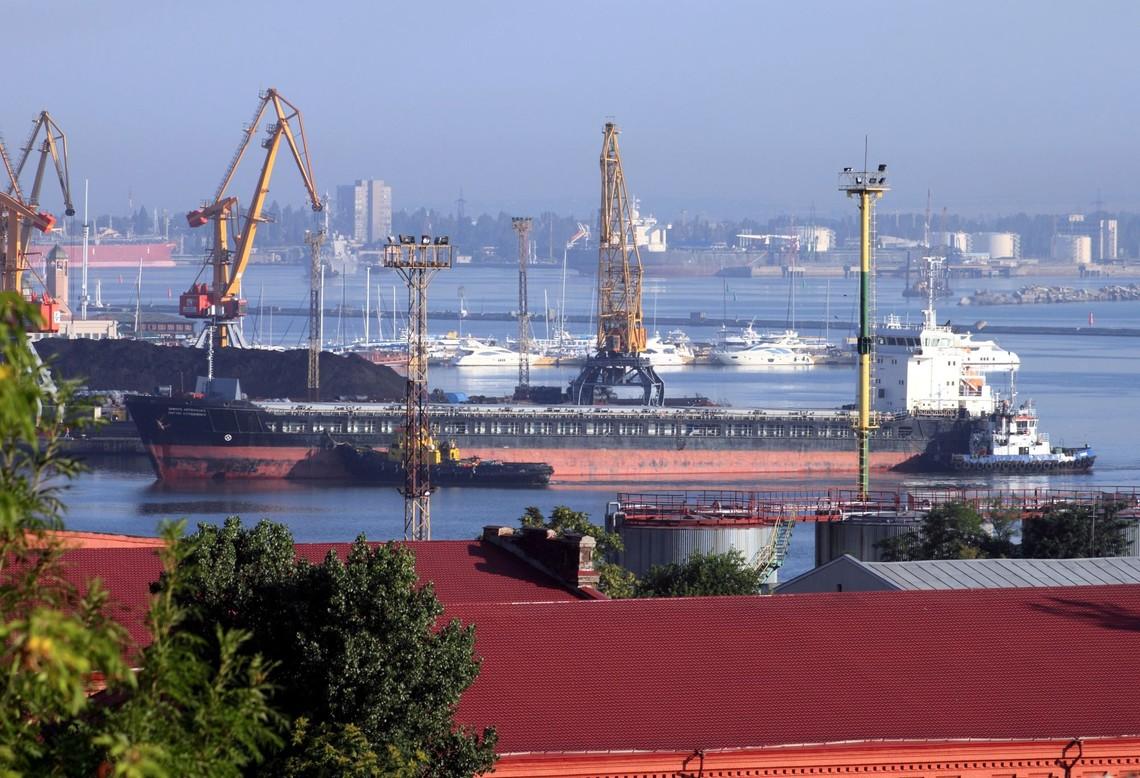 Печерський суд Києва позбавив народного депутата Вадима Новинського прав власності на суднобудівний завод Океан.