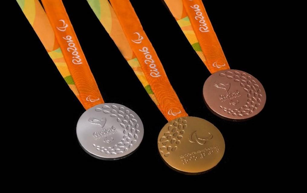 Українські спортсмени на Паралімпіаді в Бразилії в п'ятий день змагань завоювали ще 12 медалей і продовжують посідати третє місце в загальному медальному заліку.