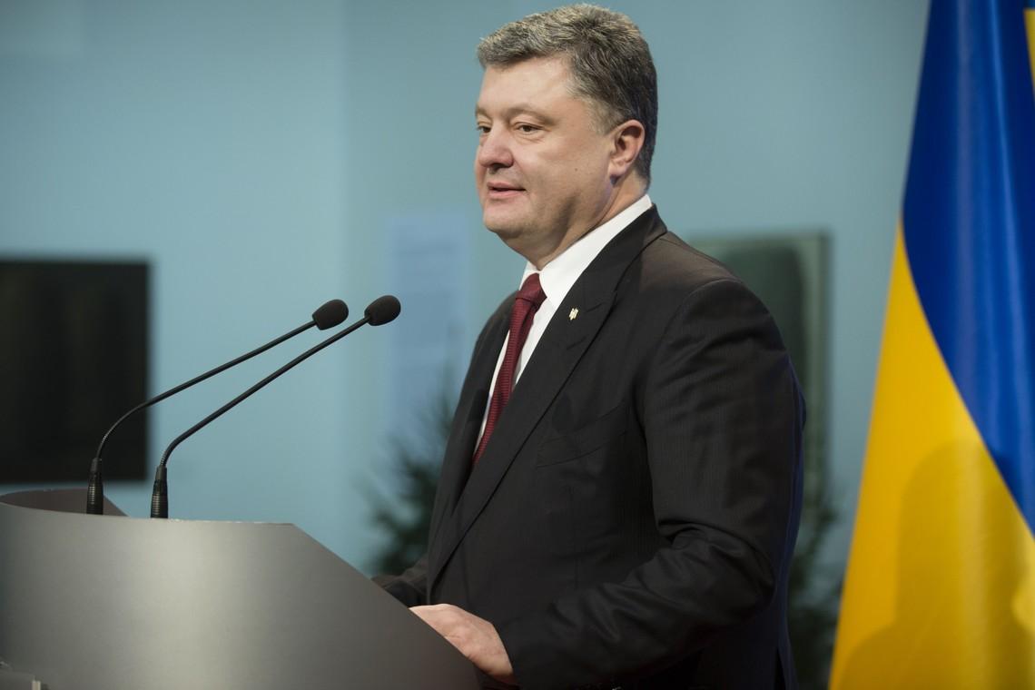 За словами українського Президента, в 2017 році на оборону та безпеку може бути виділено майже 130 мільярдів гривень.