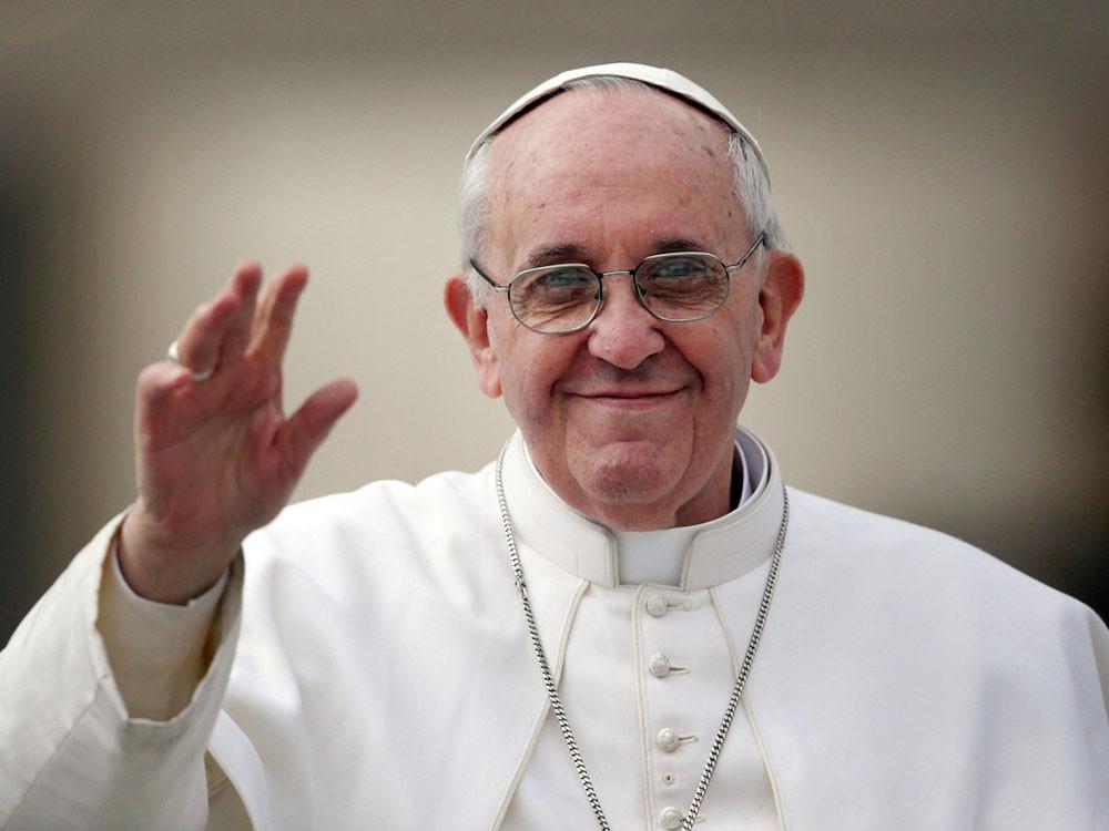 Благодійний проект Папа для України на підтримку постраждалих від війни українців зібрав по всій Європі 8 мільйонів євро.
