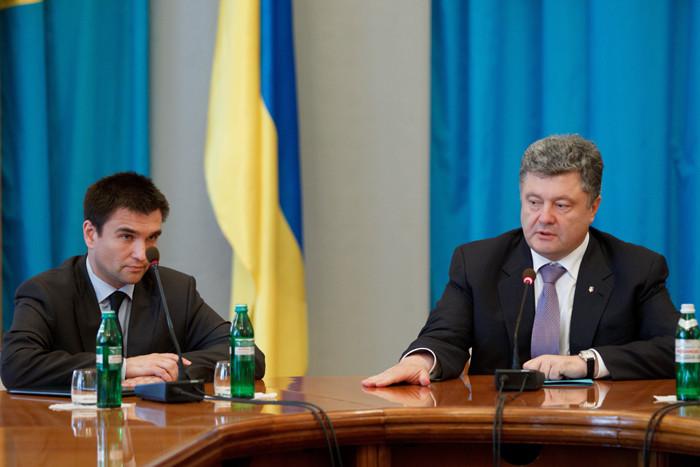 Український президент та глава МЗС відбули разом з українською делегацією в США для участі в Генеральній асамблеї ООН.