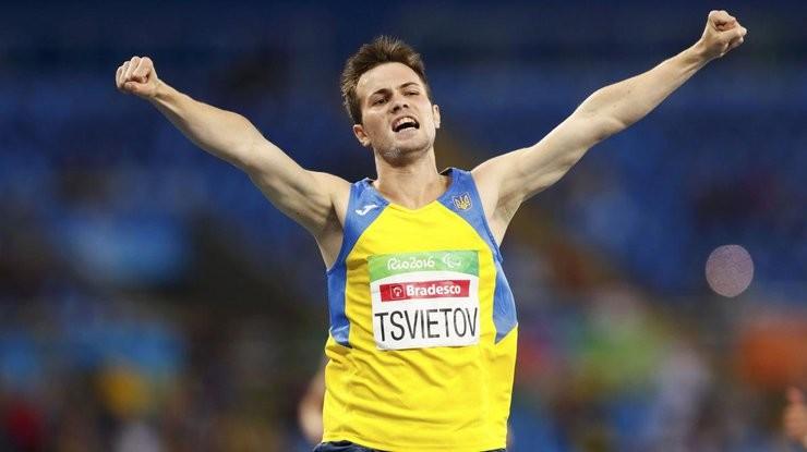 Українські паралімпійці встановили 109 рекордів у трьох видах спорту під час Паралімпійських ігор у Ріо-де-Жанейро, 22 рекорди стали світовими.