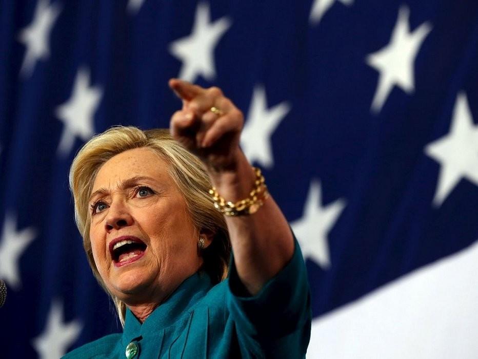 Кандидат у президенти США від Демократичної партії Гілларі Клінтон випередила за популярністю серед американських виборців свого республіканського суперника в передвиборчій кампанії Дональда Трампа.