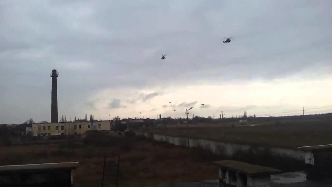 У Криму окупанти на різних ділянках адміністративного кордону переміщали також військову та інженерну техніку.