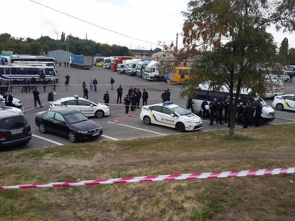 У Дніпрі скоєно напад на двох співробітником патрульної поліції, в результаті якого один поліцейських загинув.