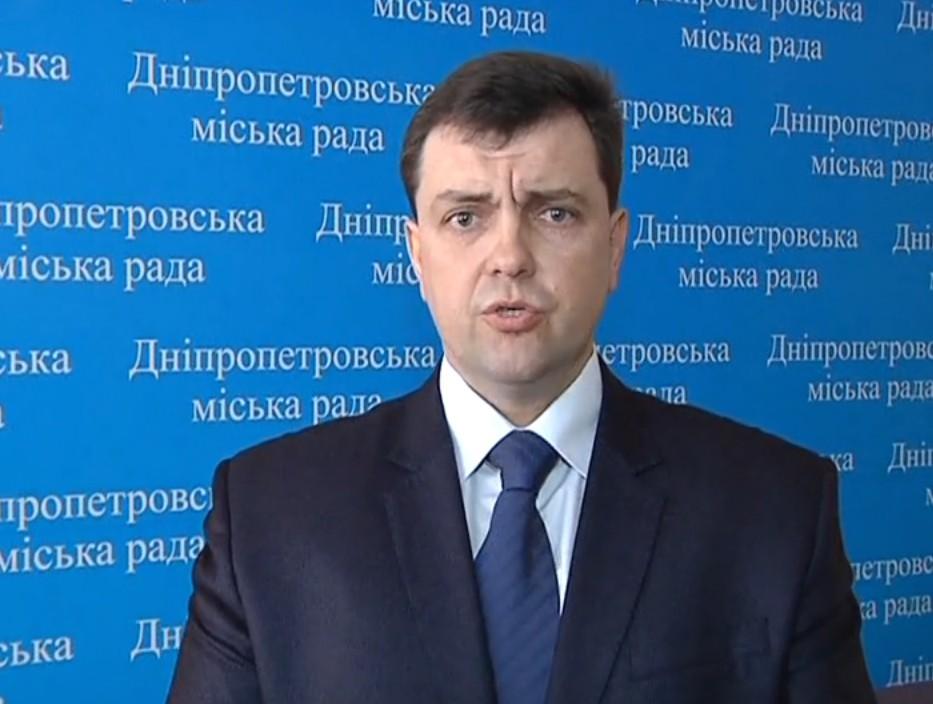 УДніпрі опозиційному депутату завдали ударів викруткою вгруди