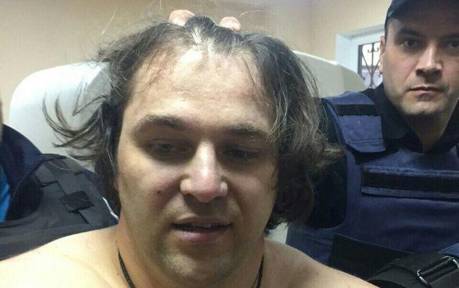 Підозрюваний у вбивстві двох дніпровських поліцейських Олександр Пугачов найближчі два місяці перебуватиме під вартою.