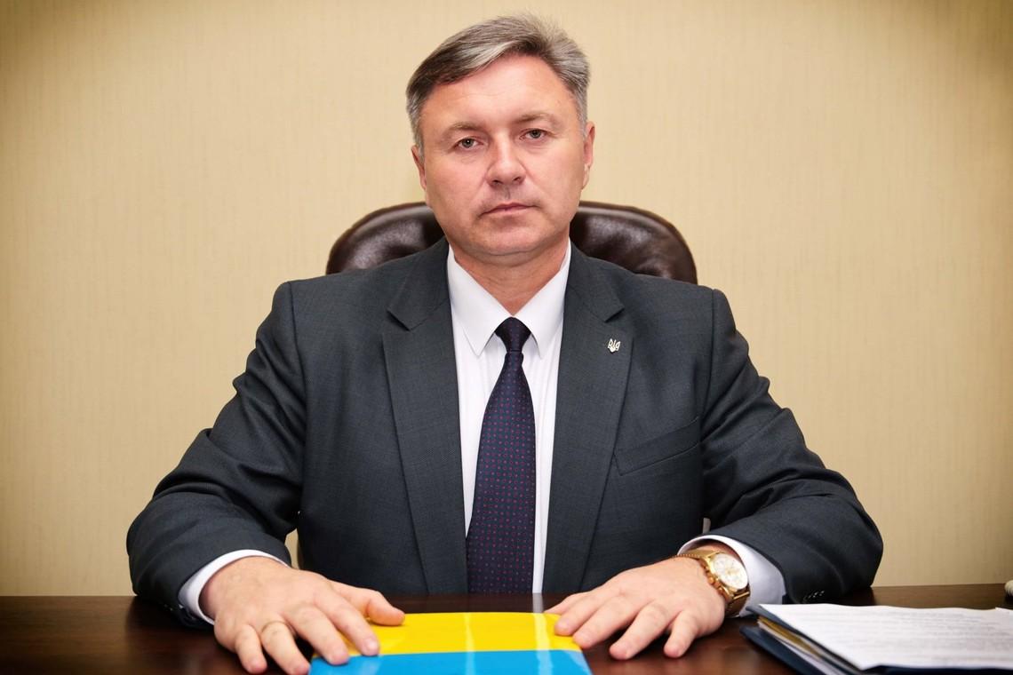 Голова Луганської ВЦА Юрій Гарбуз прокоментував свою виконану обіцянку про відновлення престижу військової служби.