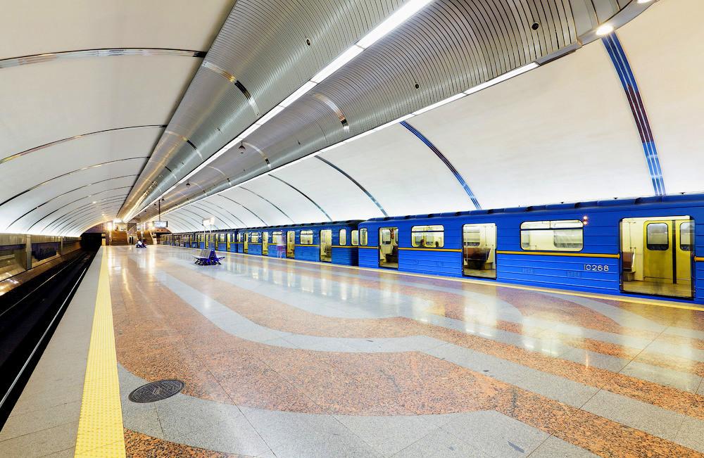 У поліції повідомили, що в київському метро почастішали випадки крадіжок, а також почали відбуватися пограбування.