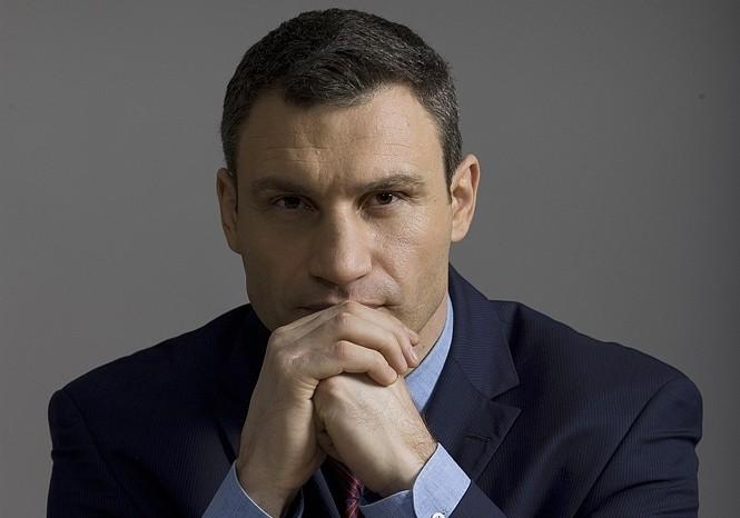 Віталій Кличко заявив, що на вулицях столиці будуть встановлені 8 тисяч камер відеоспостереження, зображення з яких будуть подаватися на центральний сервер в КМДА і до правоохоронців.