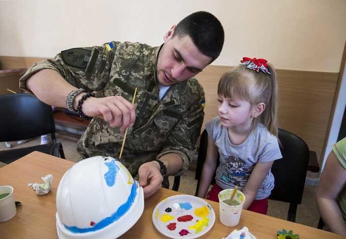 У МОЗ обговорили питання створення в Україні державної установи Національний центр психологічної реабілітації населення.