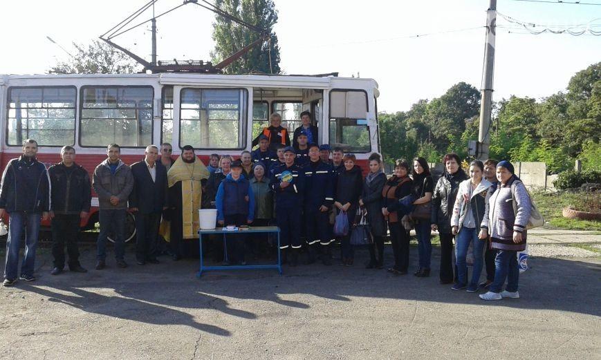 Рух міського транспорту відновився за маршрутом Депо-Центральна прохідна АКХЗ-Депо з ціною проїзду 1 гривня.