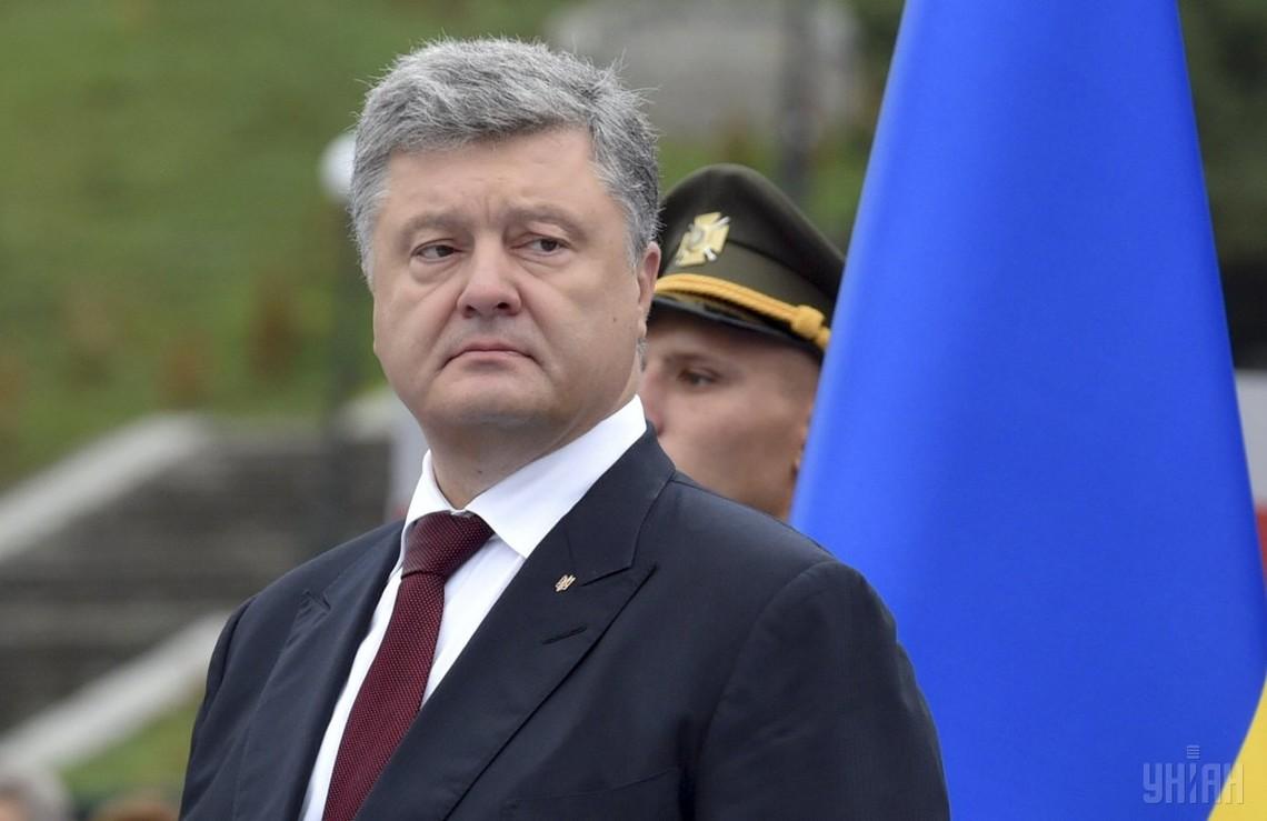 Президент України Петро Порошенко заявив, що Україна буде розробляти нове ракетне озброєння і засоби космічної розвідки.